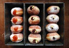 Koblihy z kvasu po slovinsku Doughnut, Ham, Muffin, Baking, Breakfast, Desserts, Food, Sugar, Kitchens