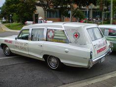Toronto Public Health Ambulance  Pontiac 1966
