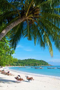 Pattaya Beach, Koh Lipe,Thailand | by Nicholas Pitt on 500px