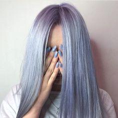 Unique and Desirable Pastel Hair Ideas Lavender Hair, Aesthetic Hair, Dye My Hair, Mermaid Hair, Grunge Hair, Pink Hair, Icy Blue Hair, Silver Blue Hair, Periwinkle Hair