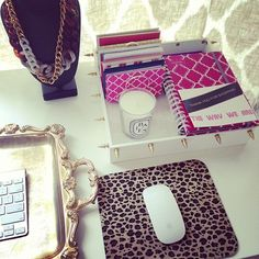 I would love to make that chest and key board holder