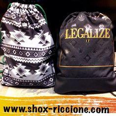 Sono ritornateee!!!CAYLER GYM BAG AzTec & legalize!!!venite a trovarci allo SHOX urban clothing di viale dante 251 Riccione APERTI tutti i giorni anche la DOMENICA POMERIGGIO !per info e vendita contattateci su FB: @ SHOX URBAN CLOTHING ,spedizione €5-->free for order over €50!! #gymbag #legalize  #2015 #SHOX #cayler #comevuoitu #sartoriainterna #fashion #dapaura #fresh #streetwear #life #esclusivo #nuoviarrivi  #swag  #solodanoi  #unici #men #girl #summer #like #instafashion #riccione #men…