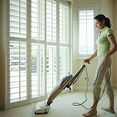Vacuum the Living room with the Oreck XL21 !!!