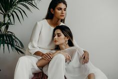 The Pilar jumpsuit (L) and Carolyn slip dress and cape (R) Best Friend Photography, Amazing Photography, Creative Fashion Photography, Photography Composition, Photography Articles, Photography Jobs, London Photography, Phone Photography, Photography Equipment