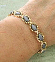Beaded Necklace Patterns, Beaded Tassel Necklace, Beaded Brooch, Beaded Earrings, Making Bracelets With Beads, Seed Bead Bracelets, Seed Bead Jewelry, Seed Beads, Beading Jewelry