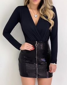 Cool outfit idea to copy ♥ For more inspiration join our group Amazing Things ♥ You might also like these related products: - Jeans ->. Sexy Outfits, Skirt Outfits, Classy Outfits, Beautiful Outfits, Trendy Outfits, Fashion Outfits, Womens Fashion, New Years Eve Outfits, Night Out Outfit