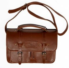 R Handcrafted in Cape Town, South Africa Width: 31 cm Height: 21 cm Gussets: cm x 2 , plus 2 front pockets. Cape Town, Sally, Leather Men, Leather Handbags, South Africa, Men's Shoes, Satchel, Pockets, Unisex