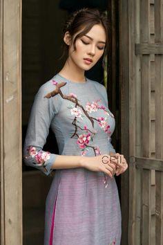 Vietnamese Clothing, Vietnamese Dress, Vietnamese Traditional Dress, Traditional Dresses, Ao Dai, Dress Painting, Fabric Painting, Hand Painted Dress, Embroidery Suits Design