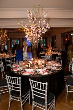 Event inspiration galas fundrasiers on pinterest gala for Annual dinner decoration