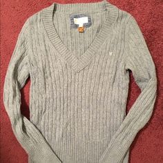 American Eagle Sweater Light green exaggerated v-neck sweater. Lots of length in the sleeves. Very comfortable. American Eagle Outfitters Sweaters V-Necks