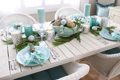 Christmas Home Tour - Breezy Designs Turquoise Christmas, Bohemian Christmas, Coastal Christmas Decor, Christmas Living Rooms, Holiday Decor, Coastal Decor, Real Christmas Tree, Very Merry Christmas, Christmas Home