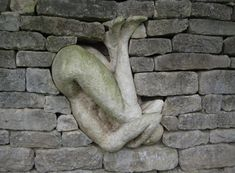 Brick In The Wall, Brick Wall, Louise Bourgeois, Magritte, Art Sculpture, Garden Sculpture, Solas Dragon Age, Street Art, Soul Stone