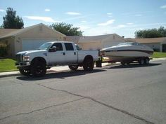Powerstroke  lifted Ford headin' to the lake