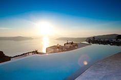 Grace Santorini: Traumhaftes Hotel auf der griechischen Vulkaninsel Santorin.