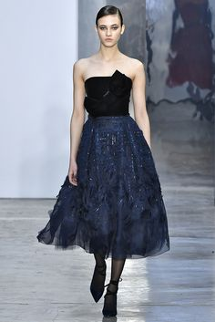 Crafted in silk, this **Carolina Herrera** dress features a strapless silhouette, a velvet bustier with bow detail, and an organza embroidered midi skirt. Only Fashion, Fashion Show, Fashion Outfits, Fashion 2020, Carolina Herrera, New Dress, Dress Up, Organza, Tea Length Dresses