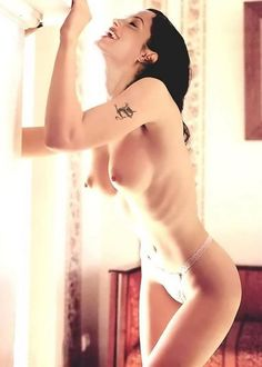 Fantastic Jolie naked photos
