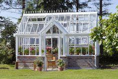 Award Winning Greenhouses and Glasshouses by Hartley Botanic USA