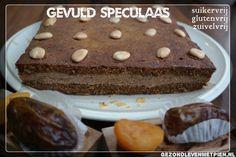 Door het gebruik van gedroogde dadels en abrikozen is dit gevuld speculaas suikervrij. En zonder granen is het ook glutenvrij. En ook nog eens zuivelvrij.