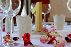 Prostota na weselnym stole, to najpiękniejsza dekoracja :)