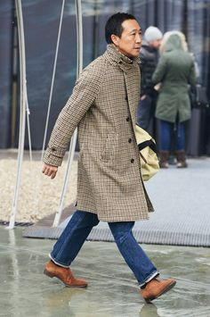 Tan, Purple & Beige Herringbone Tweed Overcoat. Yasuto Kamoshita of United Arrows, Pitti Uomo. Men's Fall Winter Fashion.