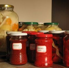 caiet cu retete: Pasta de gogosari si ketchup Pasta, Ketchup, Preserves, Mason Jars, Diy And Crafts, Homemade, Canning, Food, Jars