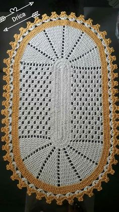 A Beaut Oval Rug [Free Crochet Pattern and Video Tutorial] Crochet Tablecloth, Crochet Doilies, Doily Rug, Crochet Home, Easy Crochet, Crochet Stitches Patterns, Cross Stitch Patterns, Step By Step Crochet, Oval Rugs