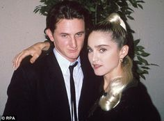 Interesting how the media used to crack jokes about Madonna getting beat up by husband, Sean Penn. Those assaults weren't dwelled upon by the media, the way they do with Chris Brown. The attacks didn't threaten Penn's career. Sean Penn, Famous Couples, Young Couples, Madonna Now, Madonna Concert, Madonna Music, The Ugly Truth, Hooray For Hollywood, Famous Singers