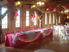 Party hall decoration with balloons decoration in Diamond