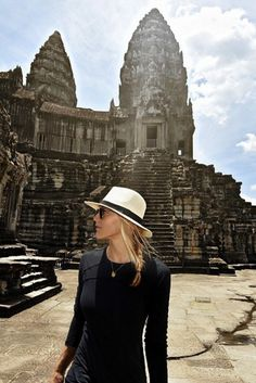 A Woman Who Traveled EVERY Country In The World Reveals Her Top 10 Must-See Destinations