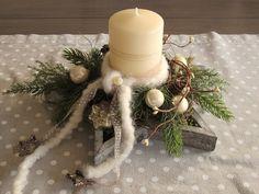 Wooden Christmas Decorations, Christmas Wreaths, Xmas, Table Decorations, Table Arrangements, Floral Arrangements, Holiday Gifts, Holiday Decor, Blog