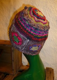 """Häkelmützen - Granny Mütze """"Wilhelmina"""" - ein Designerstück von CrochetManiac…"""