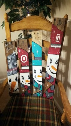 """Snowmen using pallet boards. They are between 20""""-26""""!"""