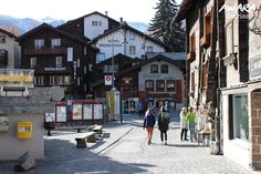 If you are going to Switzerland, do not miss Zermatt. You can take a 1 day trip to Zermatt from anywhere in Switzerland like I did. Source: 6 Reasons Why Zermatt Should Be On Your Swiss Itinerary Het bericht 6 Reasons Why Zermatt Should Be On Your Swiss Itinerary verscheen eerst op switzerland experiences and adventures.