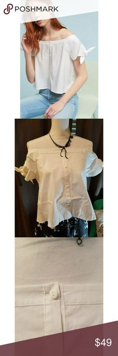 Anthropologie Off Shoulder Tie-Sleeve Top White Brand new with tag! Off shoulder Tie-Sleeve top. Made with crisp white Poplin. This shirt is so comfortable and the tie sleeves add a fun flare! Dress up or down. Anthropologie Tops