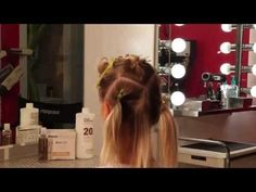 How to highlight hair quick and easy with 30 foils - YouTube