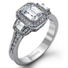 Classic 18K Simon G. Engagement Ring