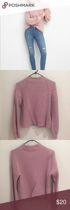 GAP textured mock neck sweater Gap mock neck pullover in perfect condition. Worn twice. 20% wool blend. GAP Sweaters