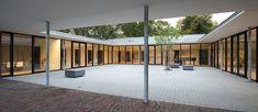 Gallery of Community Centre Altenessen / Heinrich Böll Architekt - 12