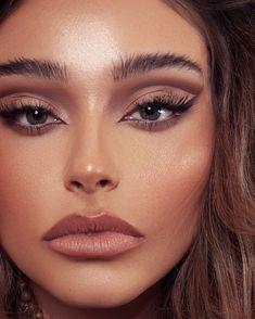 Makeup Eye Looks, Glowy Makeup, Pretty Makeup, Eyeshadow Makeup, Big Eye Makeup, Makeup Brushes, Makeup Trends, Makeup Inspo, Makeup Art