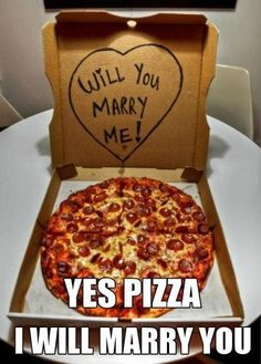 Pizza Love ;-) A original way to say: Will you Marry me?