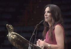 Sandra Bullock Gave A Surprise Graduation Speech At A High School In NewOrleans