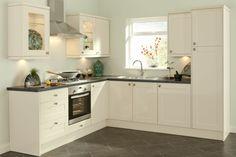 1-cuisines-blanches-avec-carrelage-gris-et-meubles-blanches-original-pas-cher-conforama.jpg (700×466)