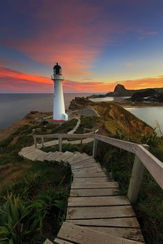North Crown, Castle Point Lighthouse, Wairarapa Coast, New Zealand – Amazing Pictures - Amazing Travel Pictures with Maps for All Around the World Lighthouse Pictures, Lighthouse Art, Cool Pictures, Beautiful Pictures, Travel Pictures, Beacon Of Light, Beacon Of Hope, Water Tower, Jolie Photo