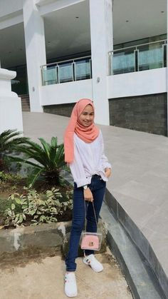 Casual Hijab Outfit, Ootd Hijab, Hijab Chic, Girl Hijab, Casual Outfits, Fashion Outfits, Couple Outfits, Modest Outfits, Modern Hijab