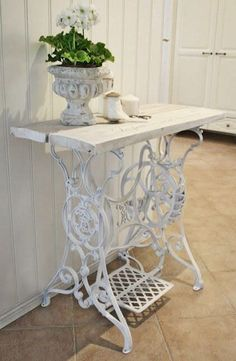 Recycled Old Sewing Machine Table. #shabbychicfurniturepainting