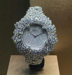 See luxury watches. Patek Phillippe, Hublot, Rolex and much more.