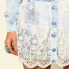 Jeans e Renda combin