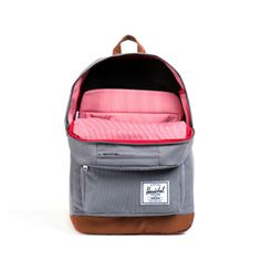 We love the inside of these Herschel Pop Quiz backpacks just as much as the outside! Buy online: http://www.londonluggage.co.uk/product/herschel-pop-quiz-backpack-grey/
