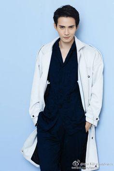 Jeremy Jones, Chinese Gender, Asian Men, Asian Guys, Asian Actors, Actors & Actresses, Hot Guys, Raincoat, Celebs