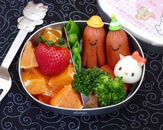 Hello Kitty Egg - octodogs and fruit bento